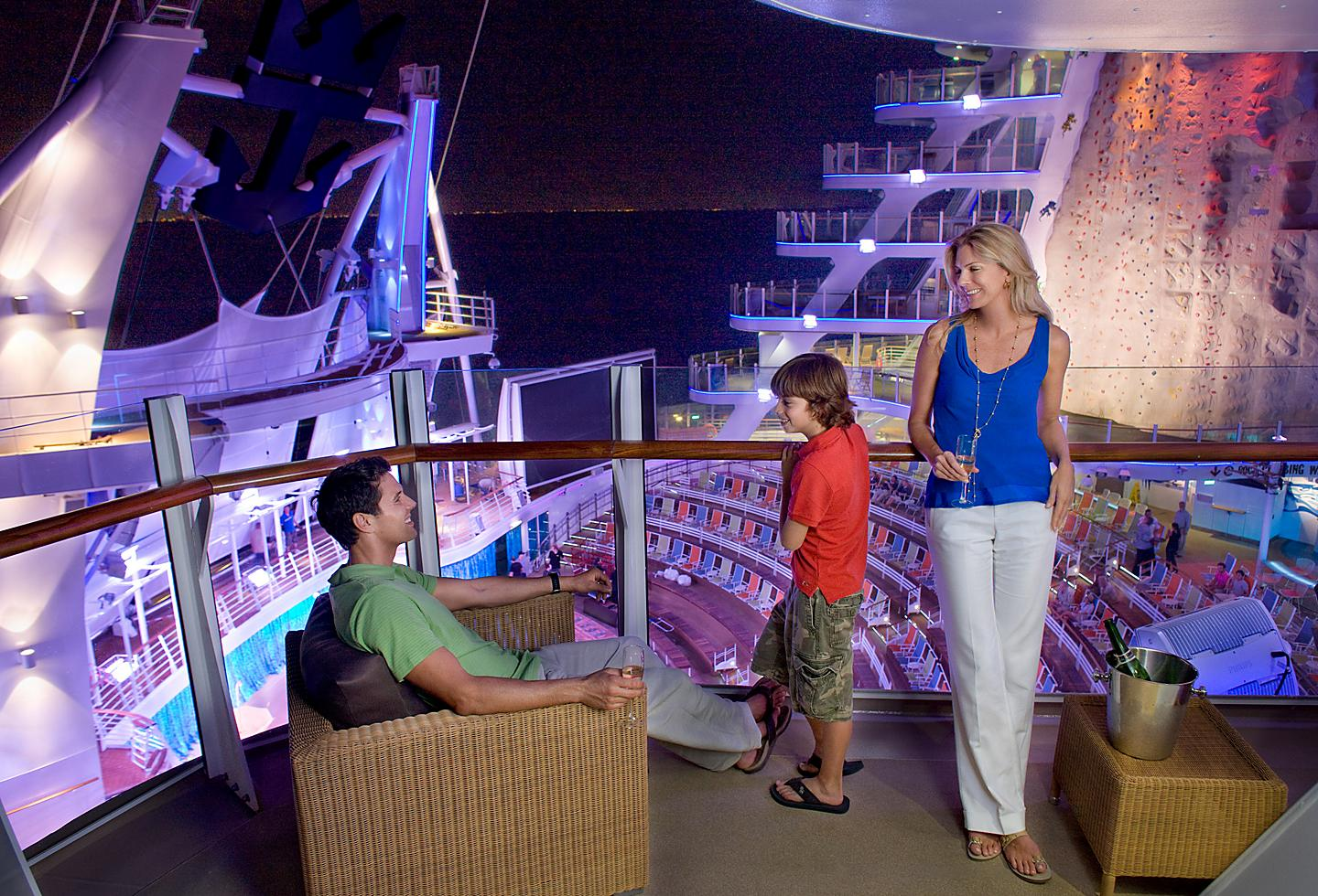 Oasis of the Seas Aquatheater Balcony