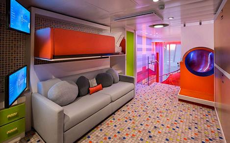 symphony of the seas ultimate family suite ufs kids room