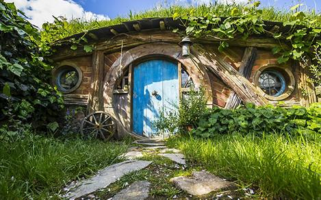 New Zealand Hobbit House Tours