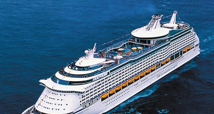 Aerial,  ship,  boat,  Explorer of the Seas?,  Voyager Class, ex, exterior