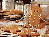 Gingerbread Cookies During Decorating Class on Holiday and Christmas Cruises