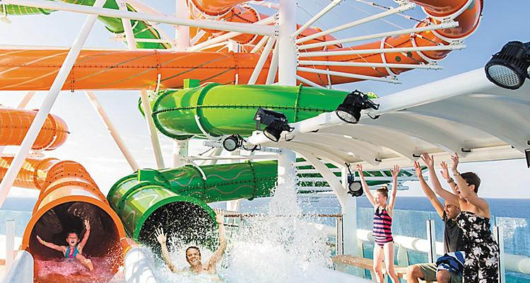 LB, Liberty of the Seas, revite 2016, Perfect Storm, water slide, pool deck, fun, kids and teens, family sliding, action, coming out of red and green slides,