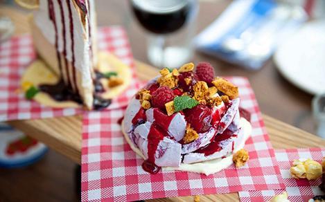 jamies italian raspberry dessert
