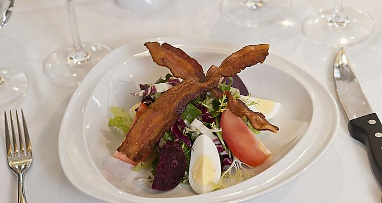 Chops, Chops grill, restaurant, steakhouse,Food and Beverage and Drinks,  Dining, Elegant, salad, bacon, egg, tomatoes,  Oasis of the seas, 2011 Brand Campaign details,