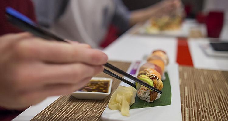 izumi sushi food tile3