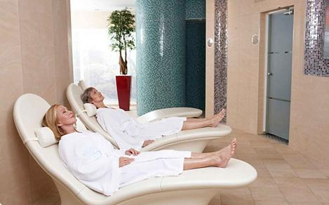 thermal lounge chairs spa