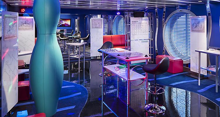 AN, Anthem of the Seas, Fuel, Teen Disco, interior, entertainment, nightclub, onboard activities,