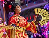 Parades, Parade, Character, Kids, Family, Onboard, Allure of the Seas, Oasis Class, Oasis of the Seas,2011 Brand Campaign details, Entertainment, Chines, Girl