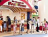 Dog House, Hot Dogs, Children, Family, The Boardwalk, Outside, Soft Drinks, Snacks, Multiracial, Allure of the Seas, AL, Oasis Class