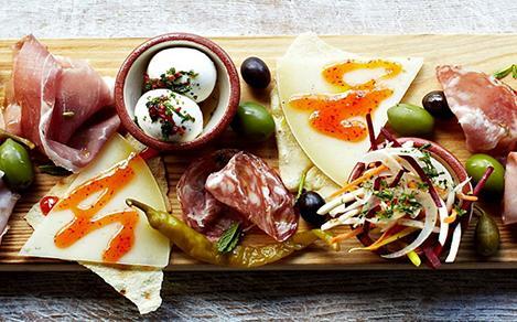 Jamie's Italian Meat Cheese Charcuterie Planks of Food Hero