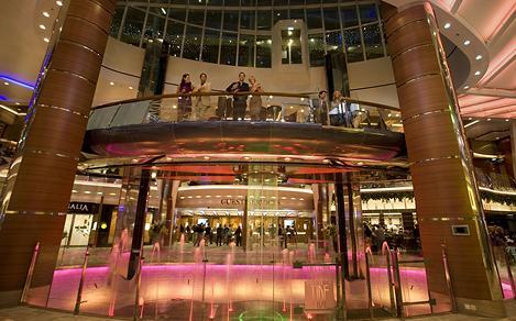 rising tide bar, oasis, allure, oasis class, bar, lounge, entertainment, promenade, royal promenade,