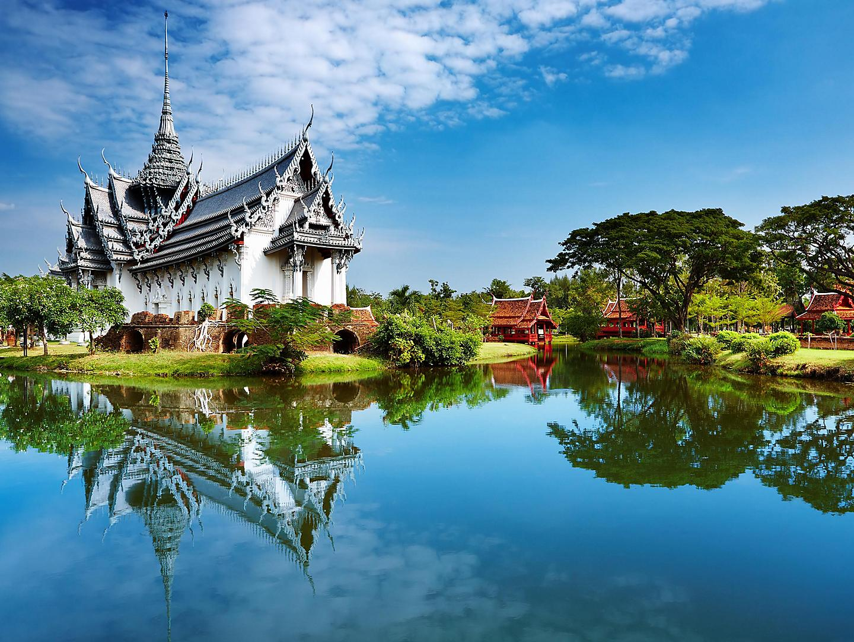 Bangkok, Thailand Palace Reflections Water
