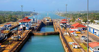 The second lock of the Panama canal from the Pacific ocean