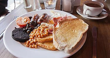 A typical Irish breakfast on a white plate