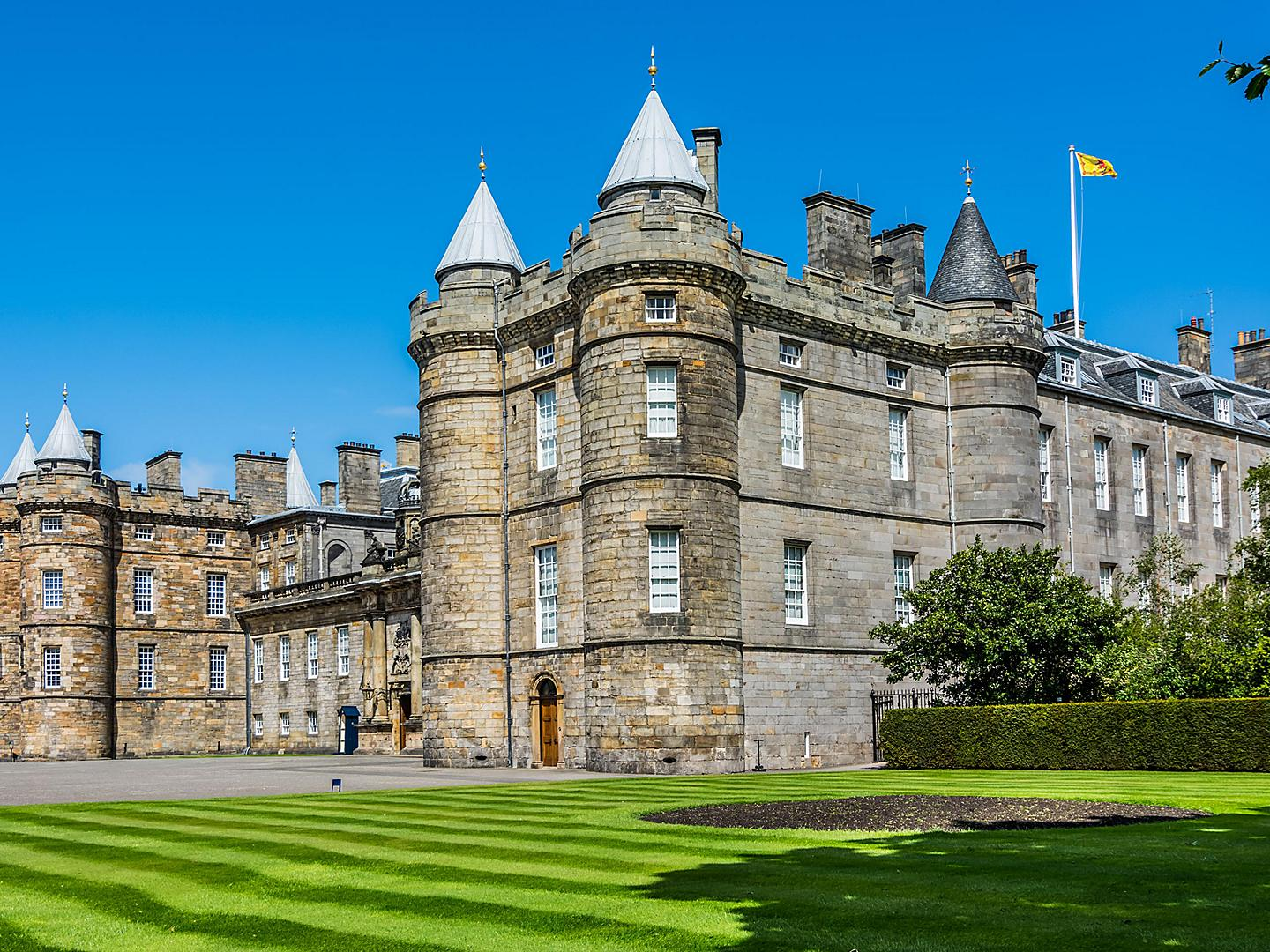 Edinburgh (S. Queensferry), Scotland, Holyrood Palace