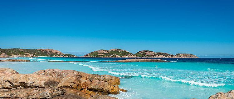 The rocky coast at Lucky Bay in Esperance, Australia