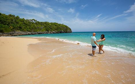 Jamaica Falmouth Couple Enjoying Beach
