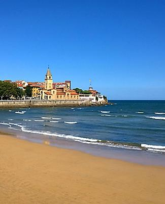 San Lorenzo beach in Gijon, Spain