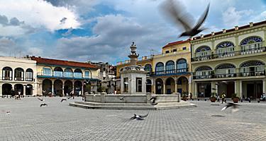 Cuba, Havana - Old Square (Plaza Vieja)