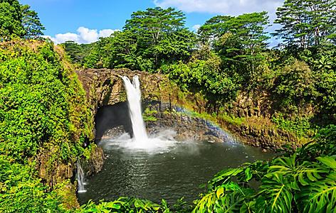 View of the Rainbow Falls in Hilo, Hawaii