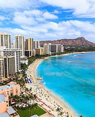 Aerial view of Waikiki Beach in Honolulu, Hawaii