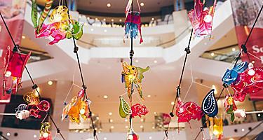 Lanterns hung in the shopping mall of Kuala Lumpur, Malaysia