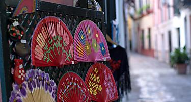 An assortment of traditional Spanish fans