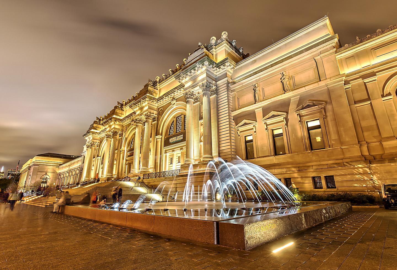 New York Metropolitan Museum Night Exhibits