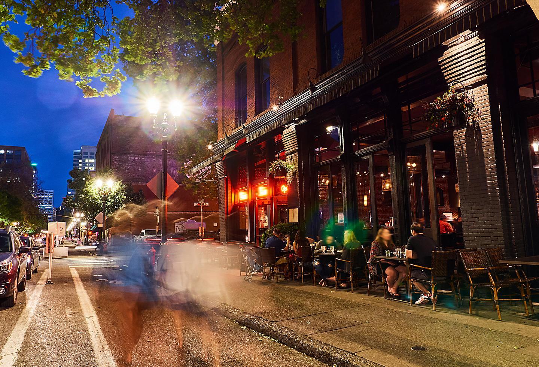 New York Restaurants Night Life