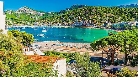 View of the bay at Porte de Soller in Palma de Mallorca, Spain