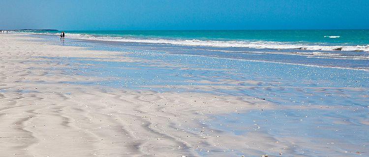 Eight Mile Beach in Port Hedland, Australia