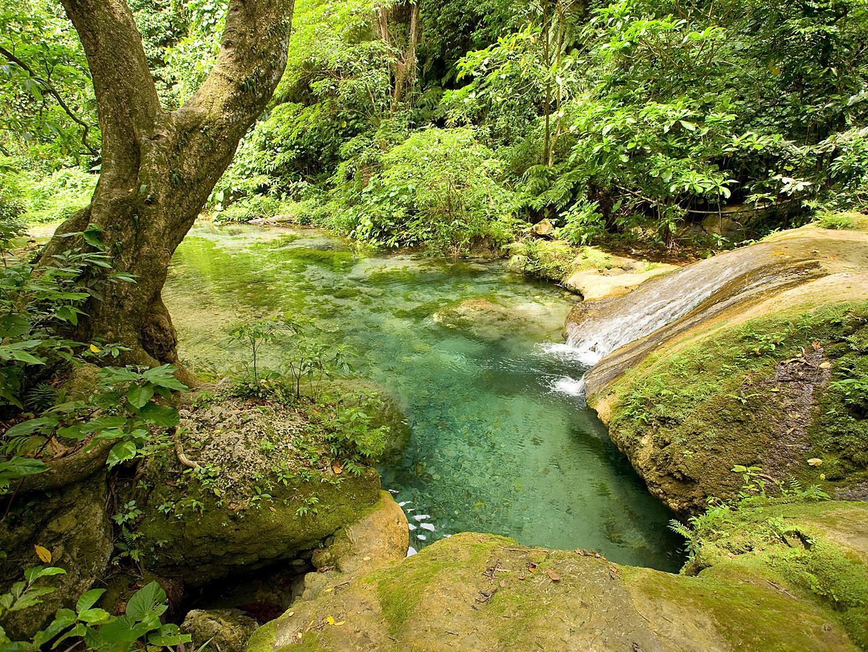 Port Vila, Vanuatu Mele Maat Cascades