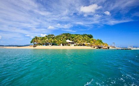 The beautiful tropical Hideaway Island by Port Vila, Vanuatu
