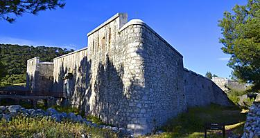 Exterior walls on Fort Faron in France
