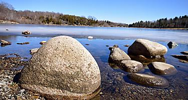 Rocks on the shore at Rockwood Park in New Brunswick