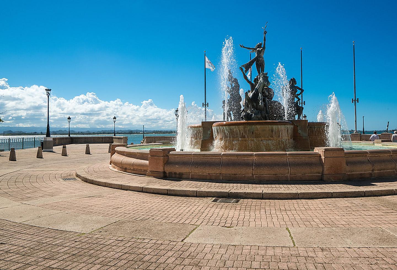 Puerto Rico Paseo De La Princesa Fountain