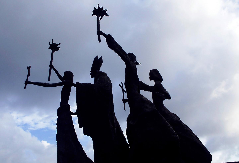 Puerto Rico Plaza La Rogativa Statue