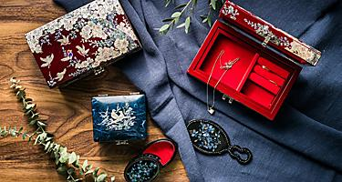 Lacquer wood boxes and items from Sasebo, Japan
