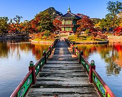 A bridge over a pond in the Gyeongbokgung palace, Seoul, South Korea