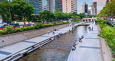 View of the city from the Cheonggyecheon stream in Seoul, South Korea
