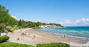 Bacvice Beach Tourist Enjoying a Sunny Day