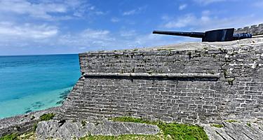 Fort Saint Catherine with artillery in St. George's, Bermuda