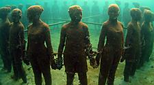 Underwater sculpture park, ring of figures in St. George's, Grenada