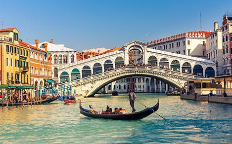 A gondola near the Rialto Bridge in Venice