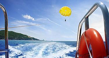A yellow parasail in Australia
