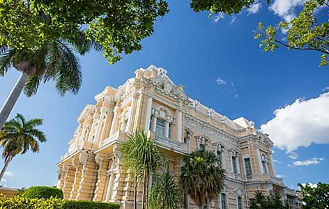 Merida, known as the White City, has beautiful spanish architecture