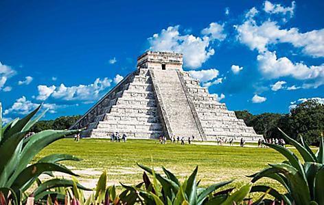 View of ancient mayan ruins called Chicne Itza in Yucatan, Mexico
