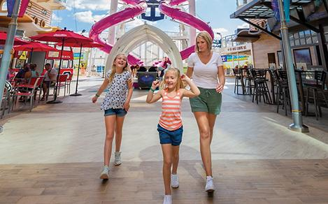 Oasis of the Seas Family Boardwalk Ultimate Abyss