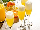 Mimosas with Orange Juice