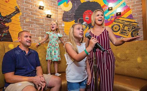 Oasis of the Seas Spotlight Karaoke Kids Singing Family Time